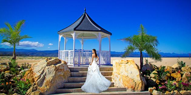 Seaside beach wedding venue plettenberg bay